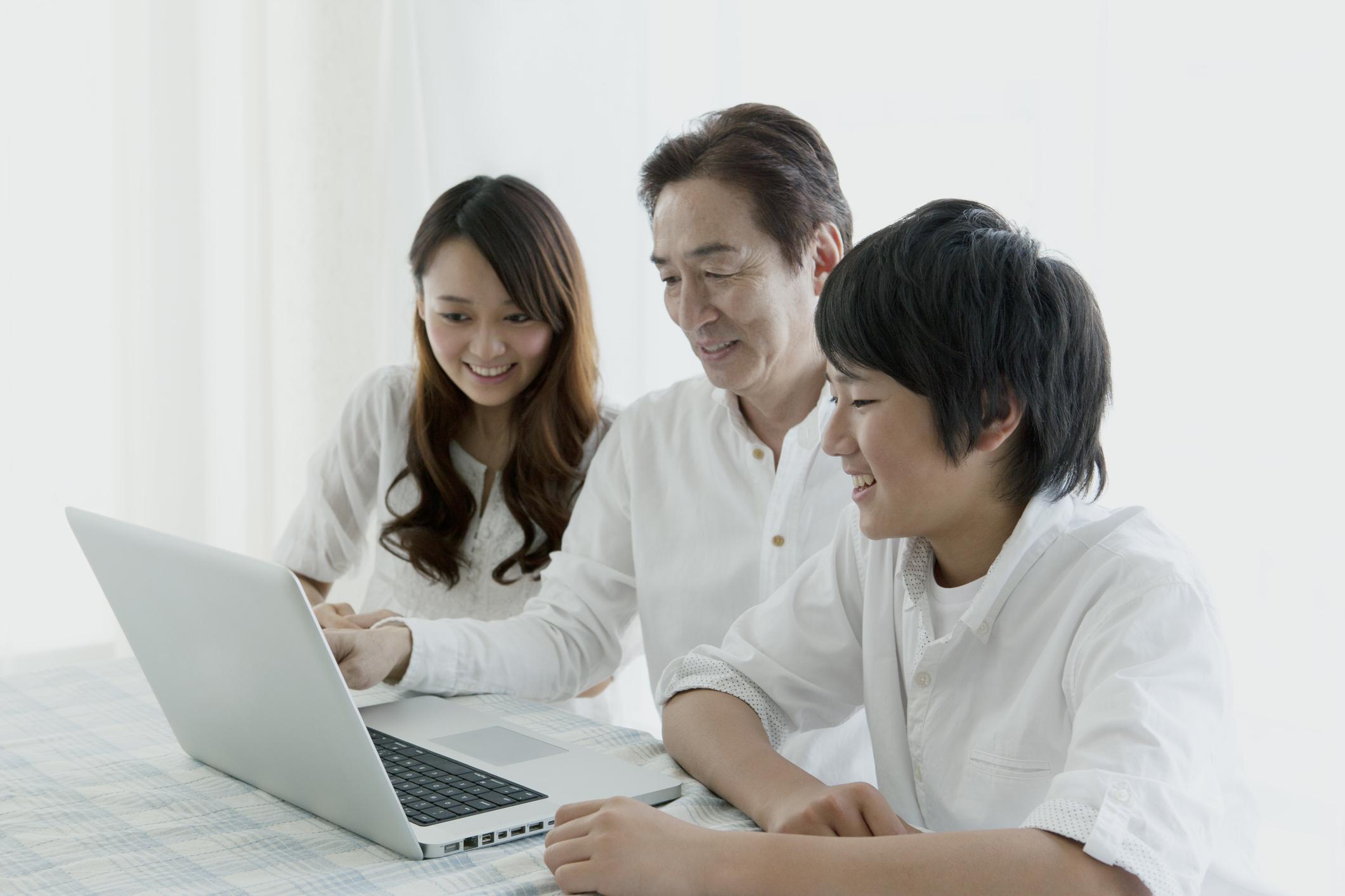 Lewat 3 Akun YouTube Ini, Kamu Bisa Belajar Bahasa Inggris Gratis!